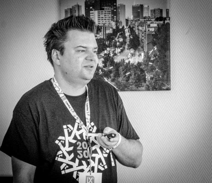 Vortrag von Julian Dziki auf der SEO CAMPIXX 2020